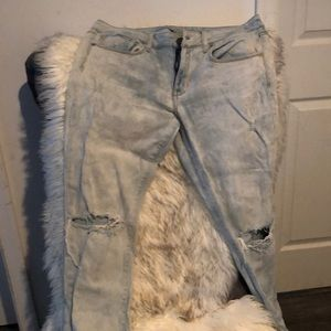 American Eagle stretch distressed jeans. Size 12